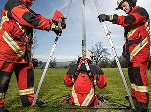 ABS Safety Rettung mit dem Dreibaum